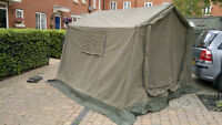 Army Tent *Good for Hunting/Fishing*