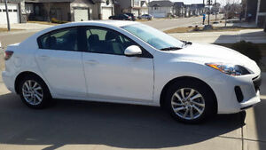 2012 Mazda3 GS-SKY Sedan ***LOW KMS***