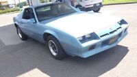 Camaro 1984 only 110000kms OFFRE A PRIX!!