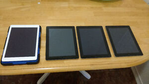 4-Ipads For Sale-ONLY FOR PARTS-3pcs-->Ipad 2 & 1pc-Ipad 3
