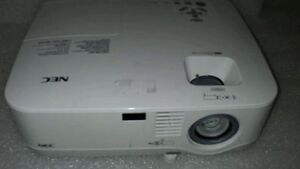 Projecteur MP400 NEC