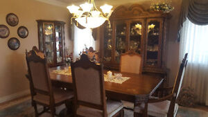 Solid Wood Dining Room Table, 6 Chairs, Hutch, Buffet. $500