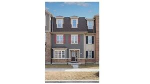 AMAZING 3+1Bedroom TownHouse @BRAMPTON $685,000 ONLY