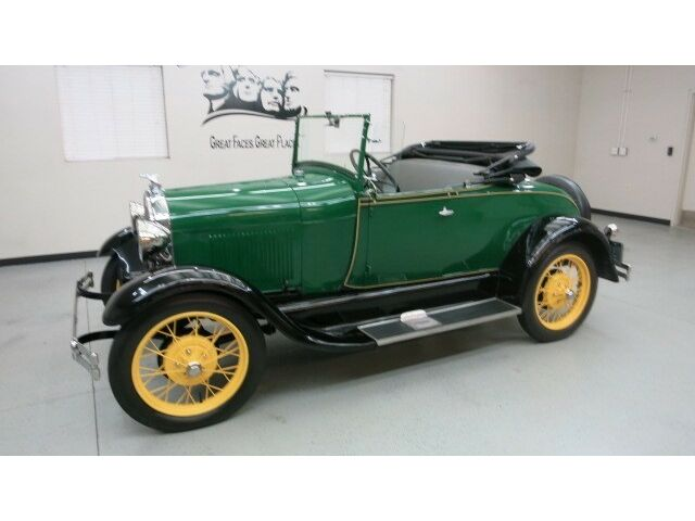 "Ford : Model A Roadster 1929 Ford Model A Roadster in ""Balsam Green"" w/ Black fenders,Straw wire wheels"