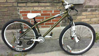 Haro steel réserve 8.Dirt jump/ Park bike