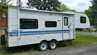 Fifth Wheel Prowler 21 pieds