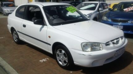 2001 Hyundai Accent LC GL White 5 Speed Manual Hatchback Victoria Park Victoria Park Area Preview