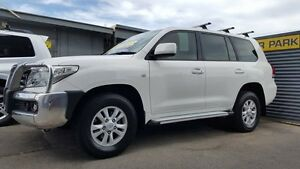 2009 Toyota Landcruiser VDJ200R GXL (4x4) Alpine White 6 Speed Automatic Wagon Medindie Walkerville Area Preview