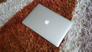 """MacBook Pro i7 Retina15"""" 8GB RAM 256GB SSD Model 2014: A1398"""