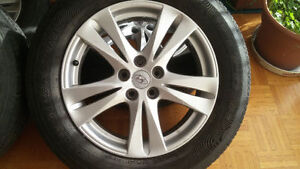Hyundai Mags and Tire 235-60-R18, Bolt pattern 5x114.3