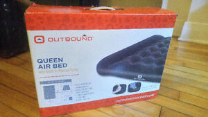 Matelat queen size gonflable Outbound