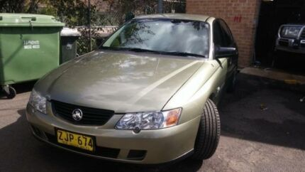 2004 Holden Commodore Vyii Executive Martini Grey 4 Speed Automatic Sedan Woodbine Campbelltown Area Preview