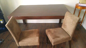 Solid wood table with 2 chairs