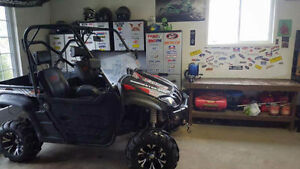 2013 Dominator 800 only 1000km $7800 OBO Spring sale want gone