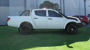 2013 Mitsubishi Triton MN MY13 GLX Double Cab White 5 Speed Manual Utility Silver Sands Mandurah Area Preview