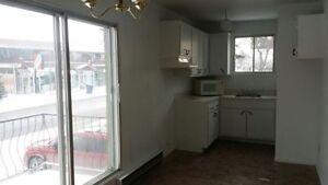 3 1/2 Appartement à louer/apartment for rent