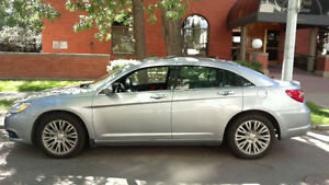 2014 Chrysler 200 6v Great Condition, Full Equipped