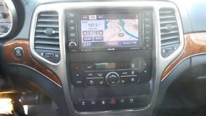 2011 Jeep Grand Cherokee Overland, HEMI, Fully Loaded! Kitchener / Waterloo Kitchener Area image 18