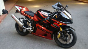 GSXR 1000!! RARE colors Excellent Condition