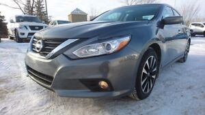 2018 Nissan Altima SV $18995 Heated Seats,  Back-up Cam,  Blueto