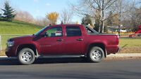 2008 Chevrolet Avalanche *Like New* **JUST REDUCED**