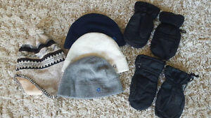 Lot of 4x Boys Hats and 2x Mittens / Mitts