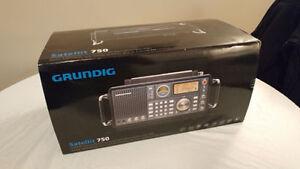 Radio Satellite Eton Grundig Satellite 750