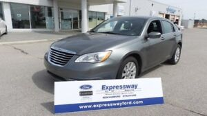 2013 Chrysler 200 LX, Local Trade In, LOW LOW Kms!