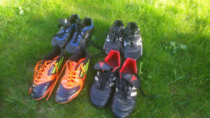 4x Pairs Adidas and Spalding soccer shoes / cleats, Men's Size 5