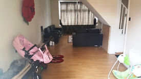 Large 3 bed house in Ilford