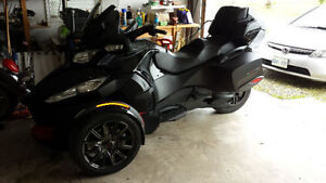 2016 Can Am Spyder RTS Special Series