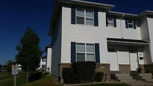 3 Bedroom townhouse condo in Lakewood SC End unit with AC