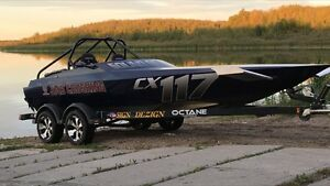 Totally redone 2007 eagle cx class race/play jet boat