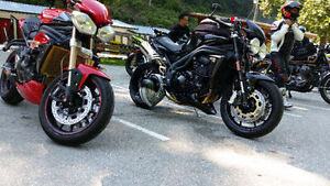 2012 Triumph Speed Triple, meticulously maintained, modded,fast!