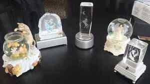 Light up crystal stands and snow globes