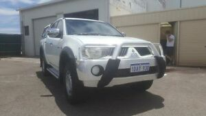 2009 Mitsubishi Triton ML MY09 VR (4x4) White 5 Speed Manual Dual Cab Utility Maddington Gosnells Area Preview