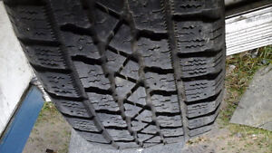 215/60 R 16 WINTER TIRES WITH SUBARU OUTBACK RIMS