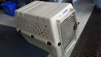 ~Like new~ deluxe Pet porter Large Kennel petmate