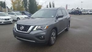 2017 Nissan Pathfinder AWD SL $31995 Leather,  Heated Seats,  Ba