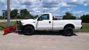99 ford f250 5.4l gas low km 8'plow new tires