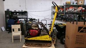 HOC WACKER REVERSIBLE PLATE TAMPER COMPACTOR MODEL 5045H + FREE SHIPPING + FREE 1 YEAR WARRANTY !!!