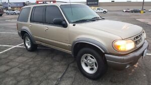 2001 Ford Explorer XLT PARTS OR OFFROAD