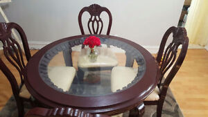 Beautiful antique design solid wood glass top dinning table set