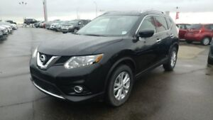 2016 Nissan Rogue SV AWD Accident Free,  Heated Seats,  Back-up