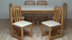 Table de cuisine en bois franc