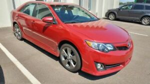 2012 Toyota Camry Sport Edition + Nav + Leather + Winter Tires