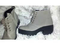 Grey womens SIZE 4 boots (like new)