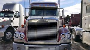 2006 Freightliner Coronado must sell Best offer around $40,000