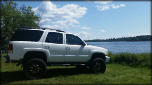 Chevrolet Tahoe Z71 LIFTED