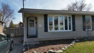 2 BEDROOM, RECENTLY RENOVATED UNIT!!!